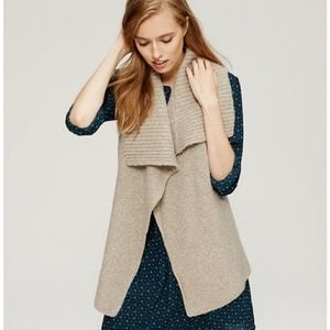 LOFT Beige Wool Blend Collar Sweater Vest size XL
